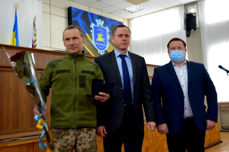 Сессия горсовета Никополя 26 февраля: награждение героя и важные для города решения