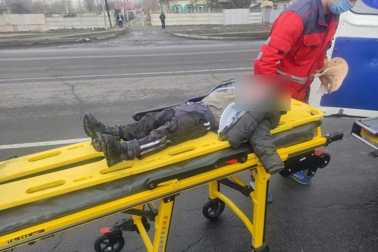 """Смертельный наезд на """"зебре"""": на Днепропетровщине авто сбило троих людей"""
